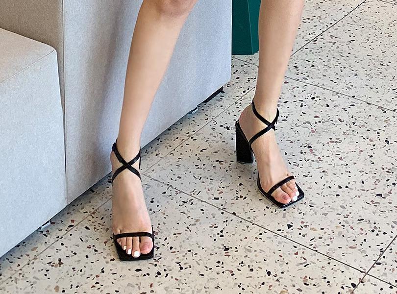 uuzone-패셔느샌들힐♡韓國女裝鞋