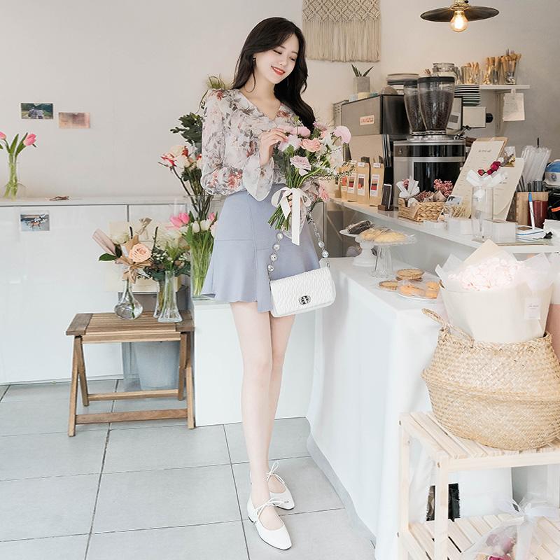 attrangs-sk3246 사랑스러운 밑단 언밸런스 프릴 장식의 백밴딩 미니 스커트 skirt♡韓國女裝裙