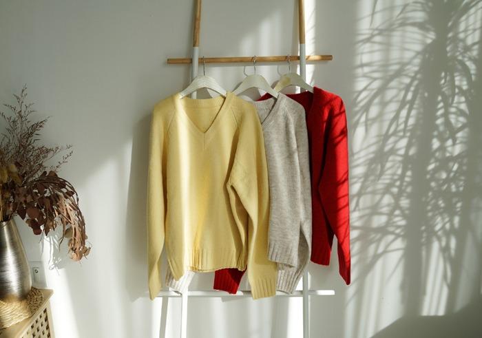 anndaly-포근한 브이넥 니트 (3color)♡韓國女裝上衣