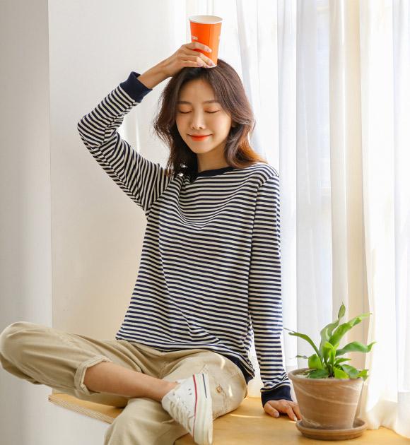 justone-군지 배색라인 줄지티♡韓國女裝上衣
