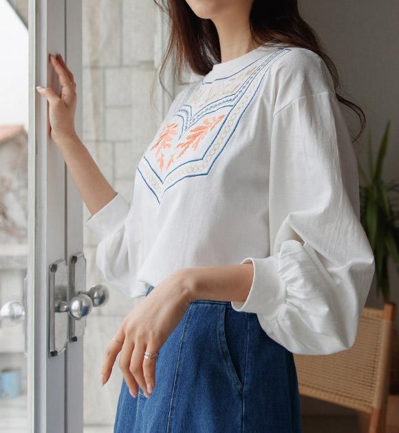 justone-분미 퍼프소매 엔틱 자수티♡韓國女裝上衣