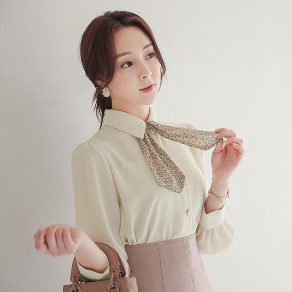 ode-[플라워 미니 타이 장식 골드버튼 블라우스]♡韓國女裝上衣