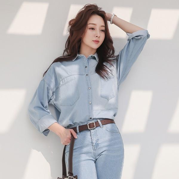 ode-[스트라이프 스냅버튼 데님 셔츠]♡韓國女裝上衣