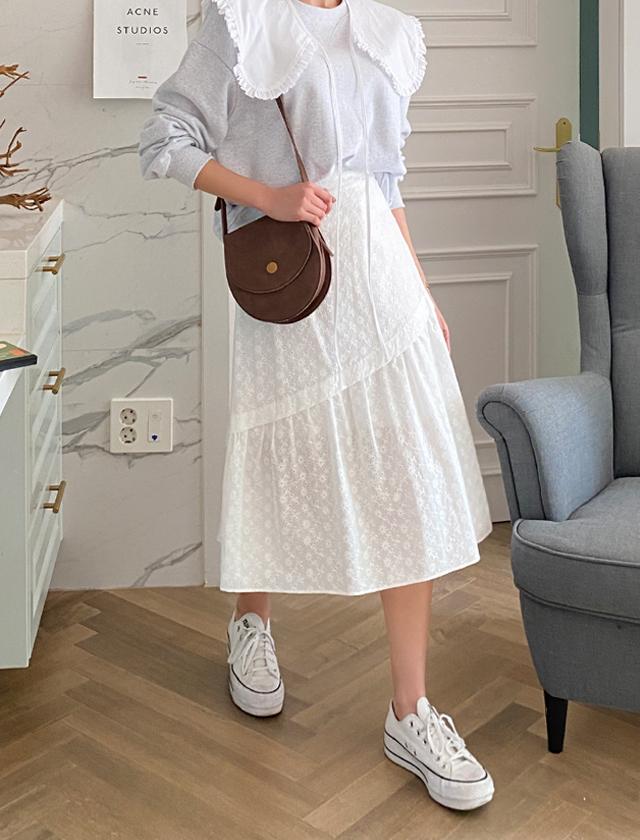 babirolen-[꽃펀칭-sk]♡韓國女裝裙