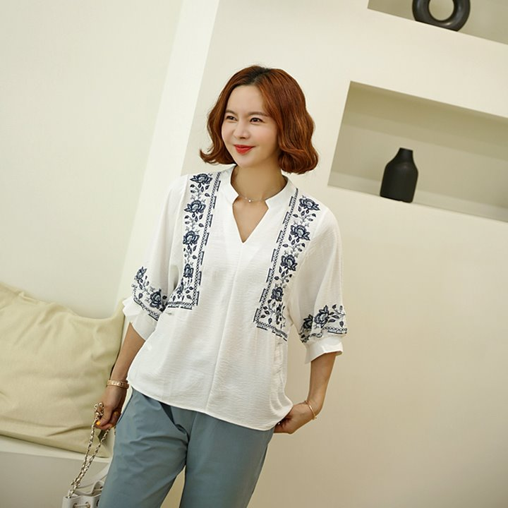 lemite-로즈자수 벌룬블라우스(44~77사이즈)♡韓國女裝上衣