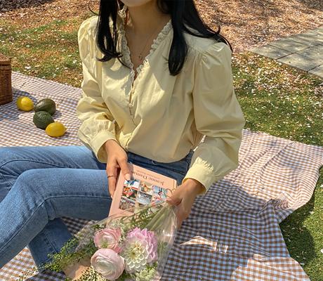 white-fox-[레이스V넥퍼프블라우스]♡韓國女裝上衣