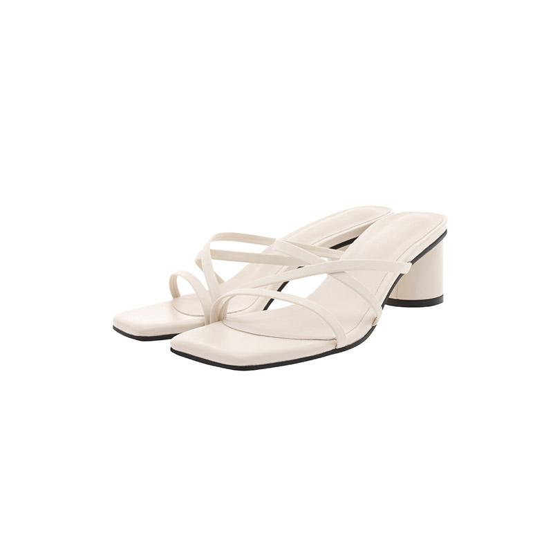 attrangs-sh2272 유니크한 라운드 쉐입 힐로 완성된 미들굽 씬스트랩 뮬 슈즈 shoes♡韓國女裝鞋
