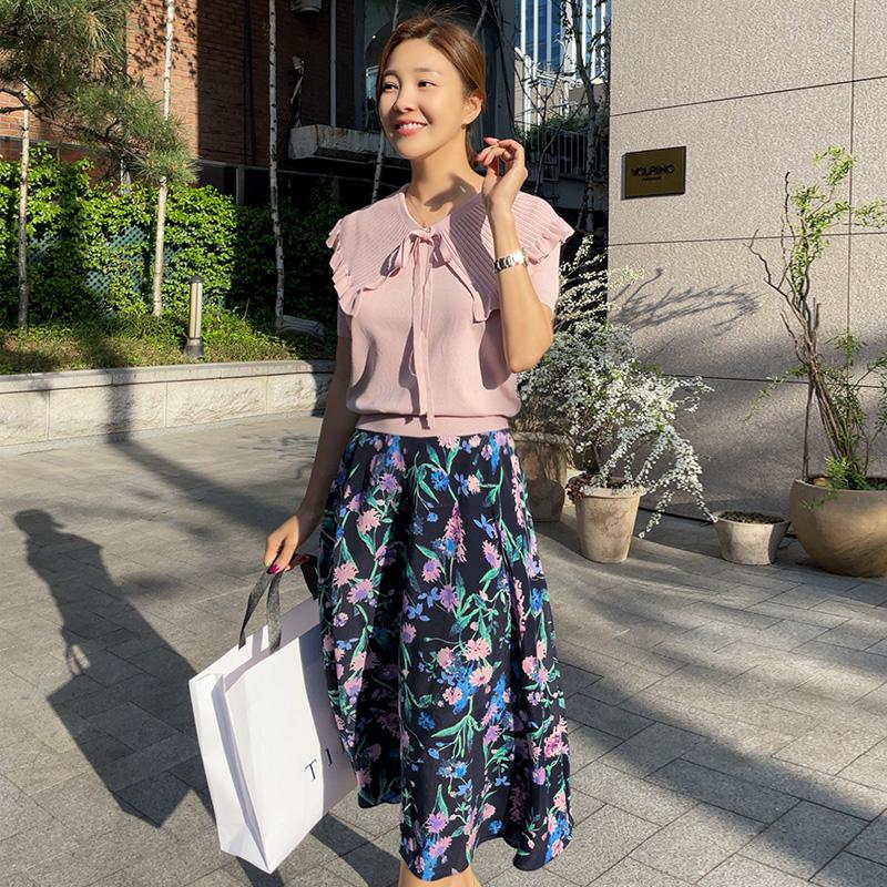 loveparis-NEW★8%할인4/26(월)부터 정상가39,900원티니 플라워 플레어스커트(2color)♡韓國女裝褲