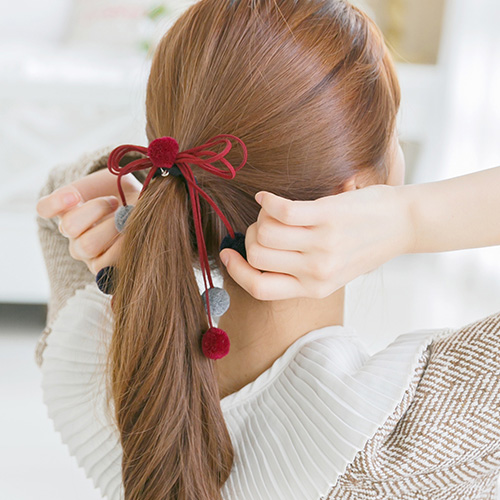 soo-soo-[헤어끈,레나크리스러블리폼폼포니테일 (16H907) [4Color]]♡韓國女裝飾品