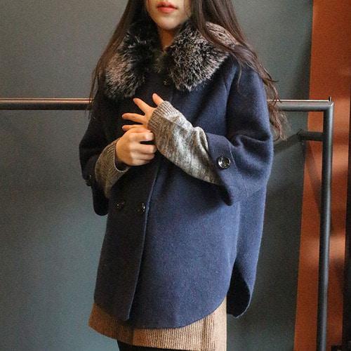 jennifereryn-((시즌오프))초봄간절기입을 가오리핏( 퍼탈부착)더블판쵸가디간  카키♡韓國女裝外套