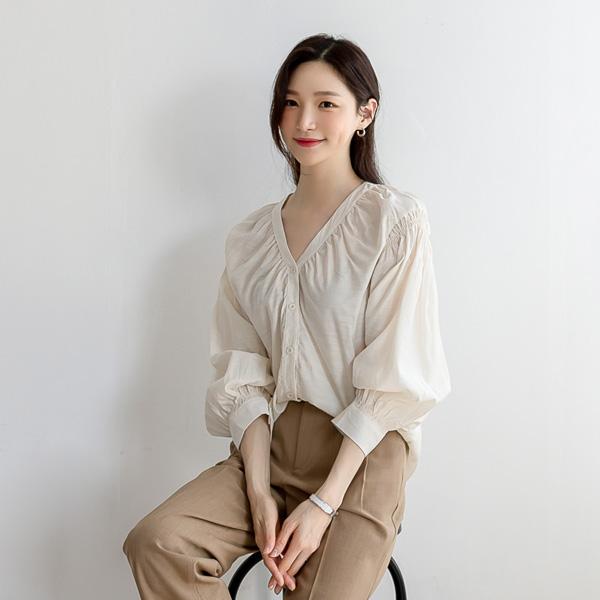misscandy-[no.20300 셔링밴딩 루즈핏 브이넥블라우스]♡韓國女裝上衣