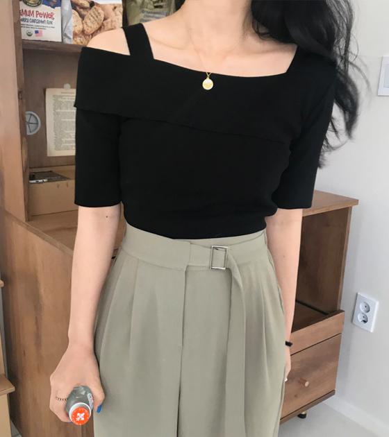 onlymoon-[아일라, 언발 숄더 니트블랑/5color]♡韓國女裝上衣