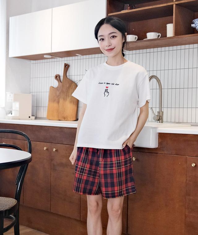 kikiko-체크4부숏팬츠♡韓國女裝褲