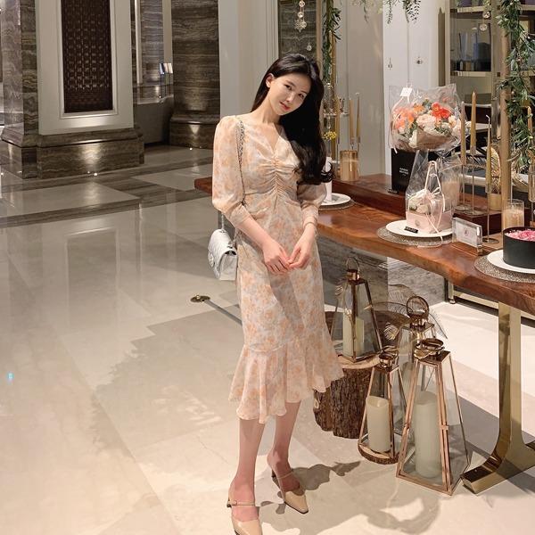 benito-[made] The Edel 앙띠 쉬폰 롱 원피스 신상/롱/셔링/브이넥/플라워/베스트/여성/데일리♡韓國女裝連身裙