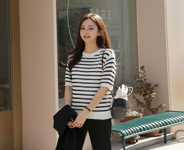 happy10-[*신상5% 기간한정할인*임부복*보이심플 단가라 니트]♡韓國孕婦裝上衣