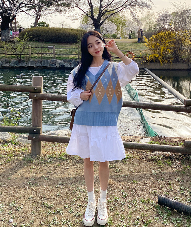 kikiko-감성아가일니트조끼♡韓國女裝上衣