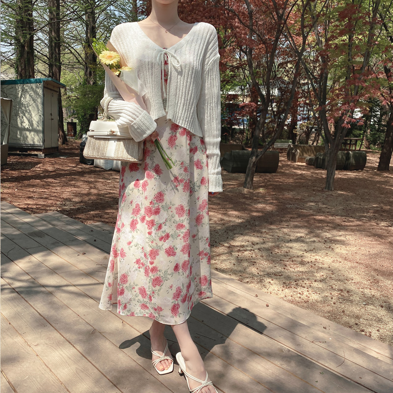 attrangs-cd1823 시원한 부클 패브릭으로 완성되어 여름에도 가볍게 착용하기 좋은 크롭 디자인 골지 리본 스트랩 브이넥 가디건 cardigan♡韓國女裝外套