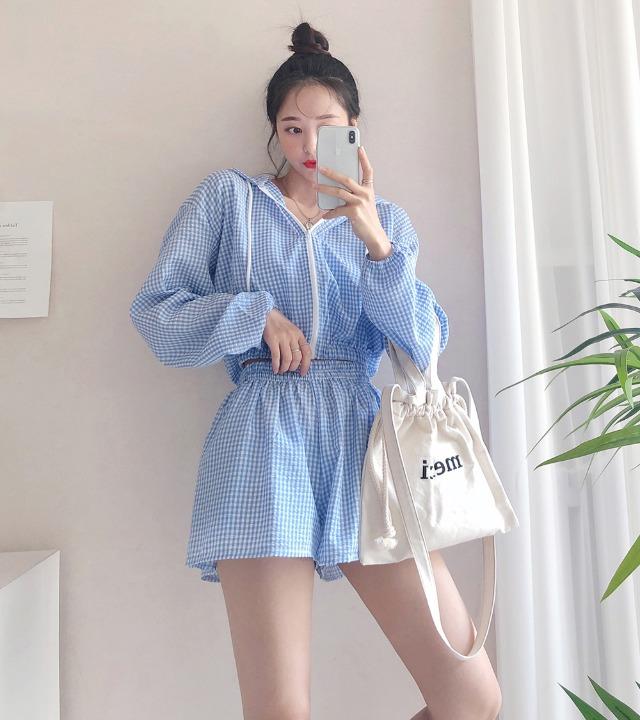 uniqueon-[투피스SET♥] 아틀란티스 엠보체크 크롭 후드집업 + 밴딩숏팬츠 츄리닝 세트 [H0206]♡韓國女裝套裝