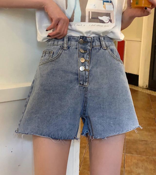 uniqueon-[당일출고]콰트로 버튼 하이웨스트 밑단 데끼 컷팅 크롭 데님숏팬츠♡韓國女裝褲