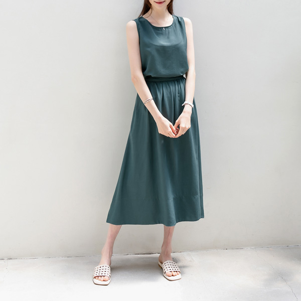 misscandy-[no.20566 라운드넥 민소매탑+ 백밴딩 롱스커트SET]♡韓國女裝裙