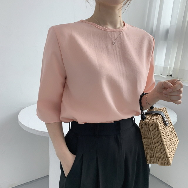 moommoom-[2컬러] 뒷지퍼 실크 5부 티셔츠♡韓國女裝上衣