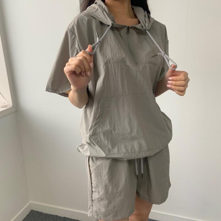 moommoom-[2컬러] 바스락 반팔 아노락 상하의 세트♡韓國女裝套裝