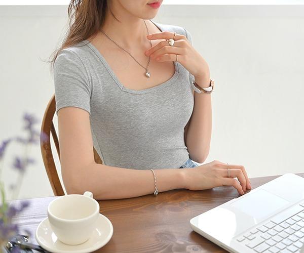 DailyN-타이니 슬림 스퀘어넥 반팔 티셔츠♡韓國女裝上衣