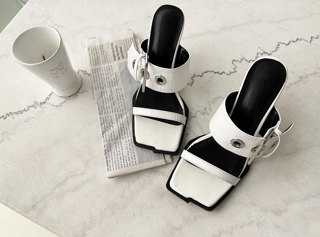 naning9-템벤아 버클힐(C06)♡韓國女裝鞋