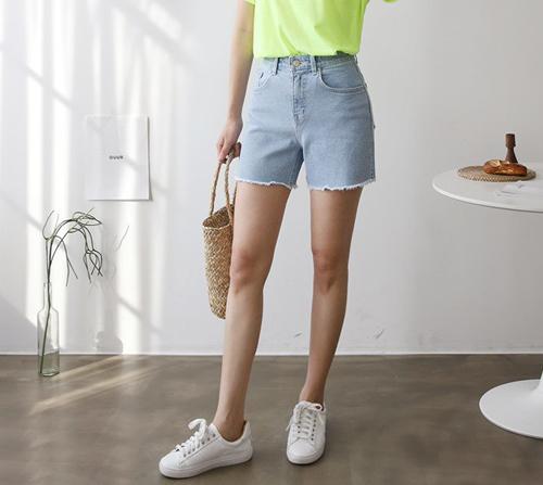 beige blanc-비바 히든밴딩 4부 데님 반바지]♡韓國女裝褲