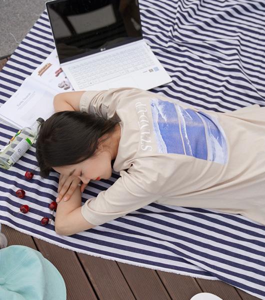 roompacker-룸페커 [스탠드 프린팅 반팔 탑]♡韓國女裝上衣