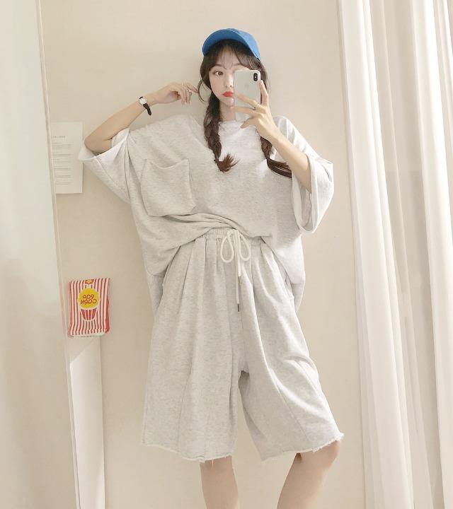 uniqueon-[남녀공용츄리닝세트♥] 아크 쭈리 데끼컷팅 오버핏반팔T + 밴딩하프팬츠 투피스셋업SET [H0491]♡韓國女裝套裝