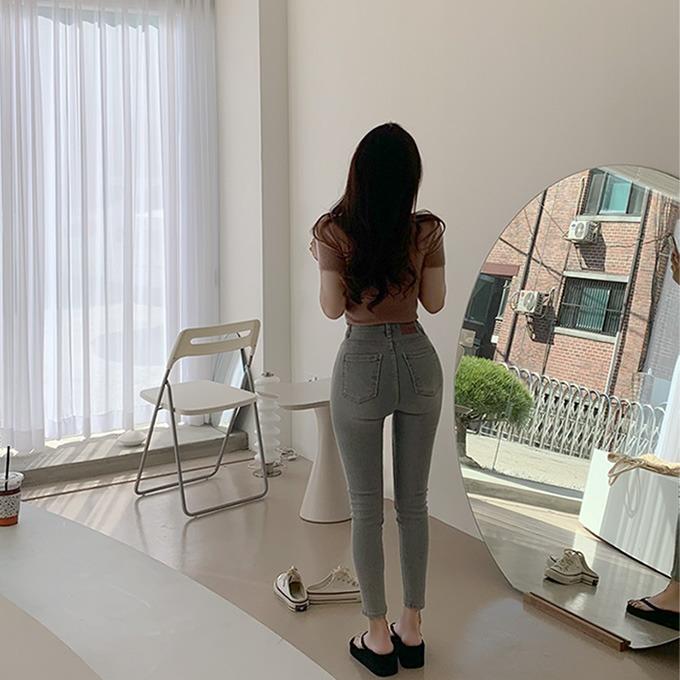 henique-♥당일배송/자체제작♥[기장추가]내 몸에 딱 맞진 키작녀 155cm 8부 스키니 데님 팬츠 (연청)♡韓國女裝褲