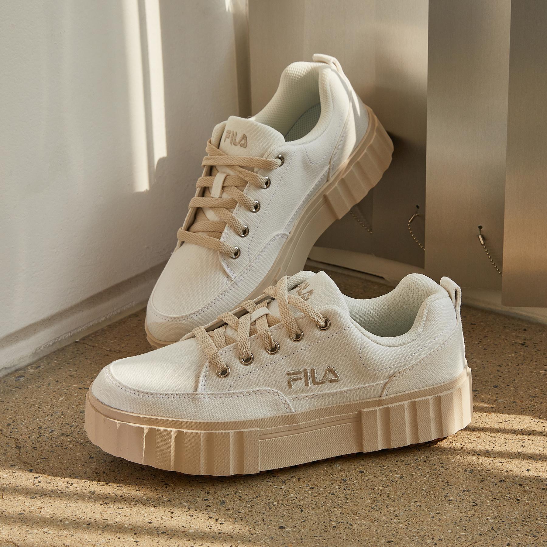 韓國FILA  SAND BLAST ROW CV餅乾鞋 (米色)