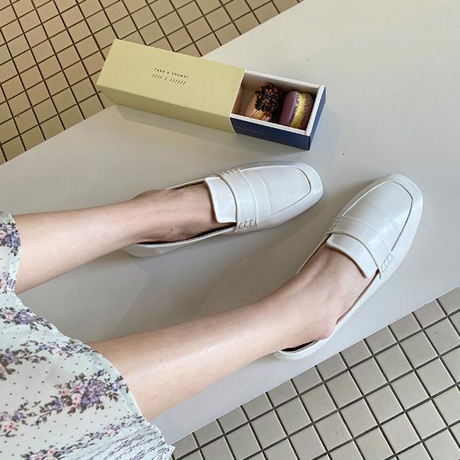 cherryville-[깔끔한솔리드 로퍼]♡韓國女裝鞋