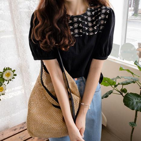 leelin-[달리아 꽃자수 펀칭티[size:F(55~66)]]♡韓國女裝上衣