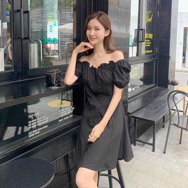 benito-[made]코코 하트넥 미니 원피스 신상/펀칭/오프숄더/기본/무지/미니/a라인/하트넥/베스트/여성/데일리♡韓國女裝連身裙
