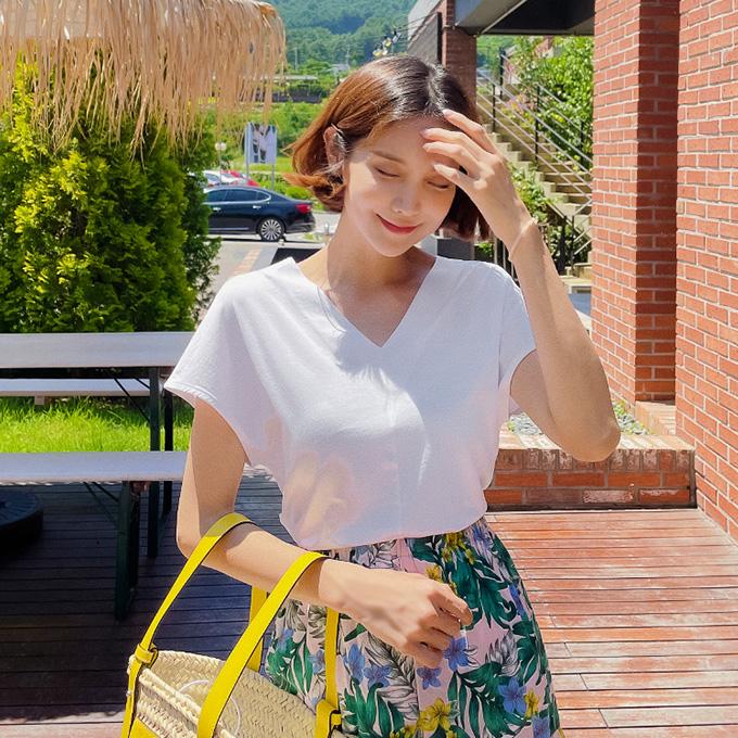 wingsmall-여름가운데(브이넥절개티)♡韓國女裝上衣