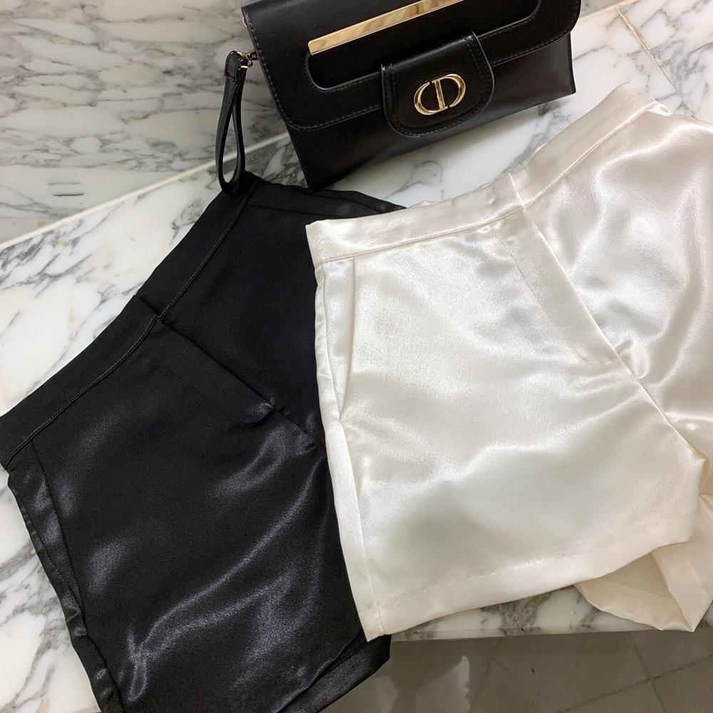 uinme-샤이닝 글로시 숏팬츠 - [ 2color ] - 유인미샤이닝 글로시 숏팬츠 - [ 2color ] - 유인미♡韓國女裝褲