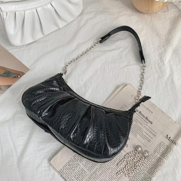 everytail-크로커 핀턱 체인 숄더백 (2color)♡韓國女裝袋
