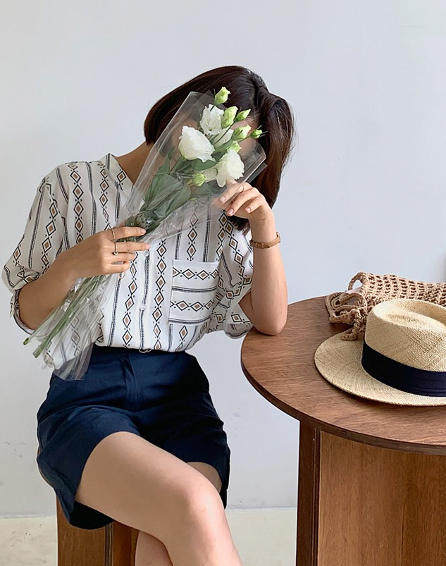 loloten-다이아 블라우스♡韓國加大碼上衣