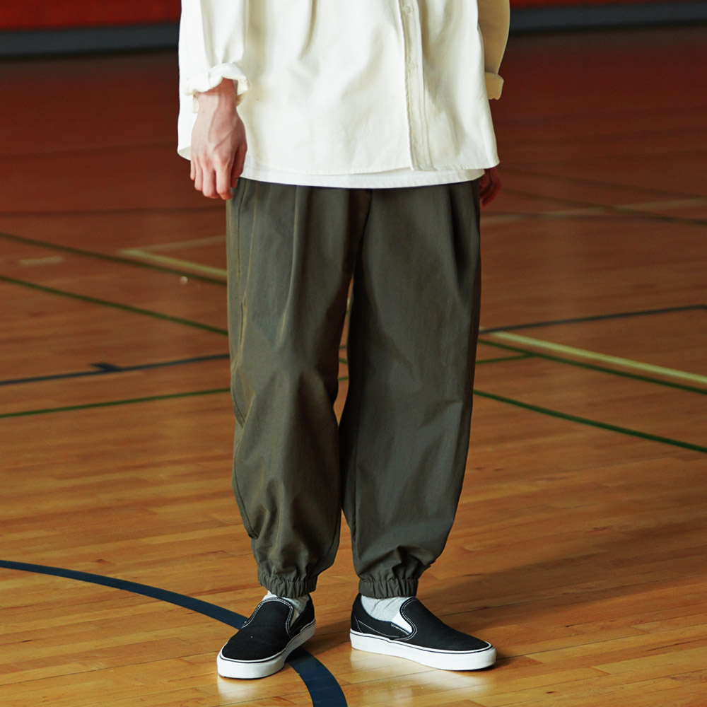 fairplay142-[[페플]파인 솔리드 벌룬핏 조거팬츠 딥카키 KYLP1322]♡韓國男裝褲子