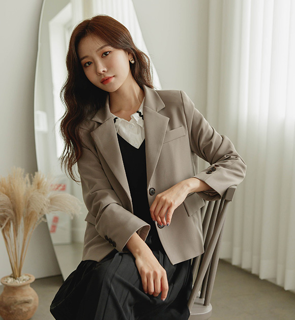 justone-저번 세미크롭 싱글자켓♡韓國女裝外套