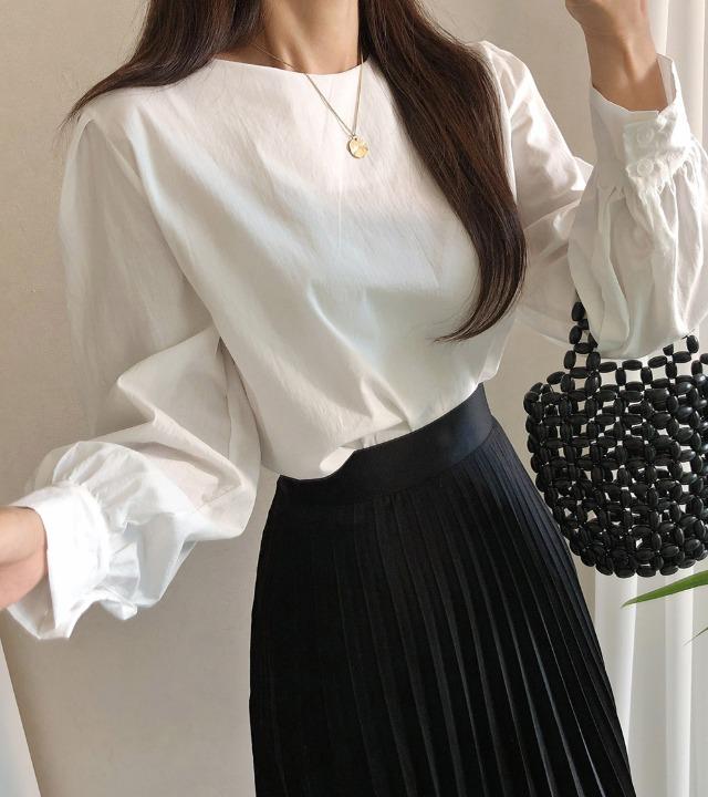 uniqueon-피어 카라리스 라운드 벌룬셔링 블라우스 [H1025]♡韓國女裝上衣