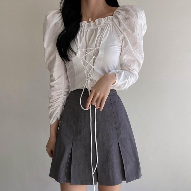 sonyunara-알렌 스퀘어넥 셔링 스트랩 긴팔 블라우스♡韓國女裝上衣