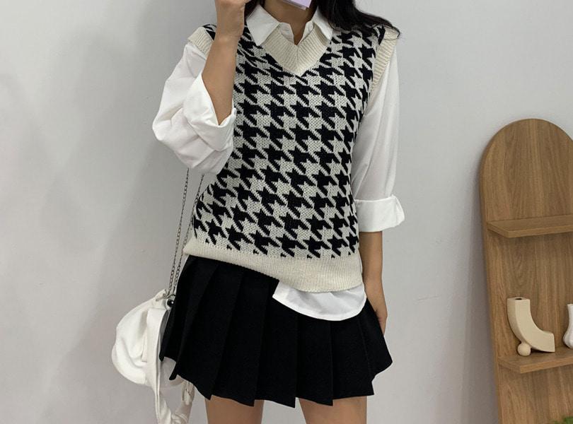 uuzone-세련된 룩을 연출하는 박시핏 베스트! 하운드조끼 니트 캐주얼 데일리 섹시 클럽 패턴 하운드체크 니트조끼 니트베스트 꾸안꾸룩 데이트룩♡韓國女裝上衣