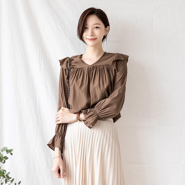 misscandy-[no.21039 러플장식 브이넥 실키블라우스]♡韓國女裝上衣