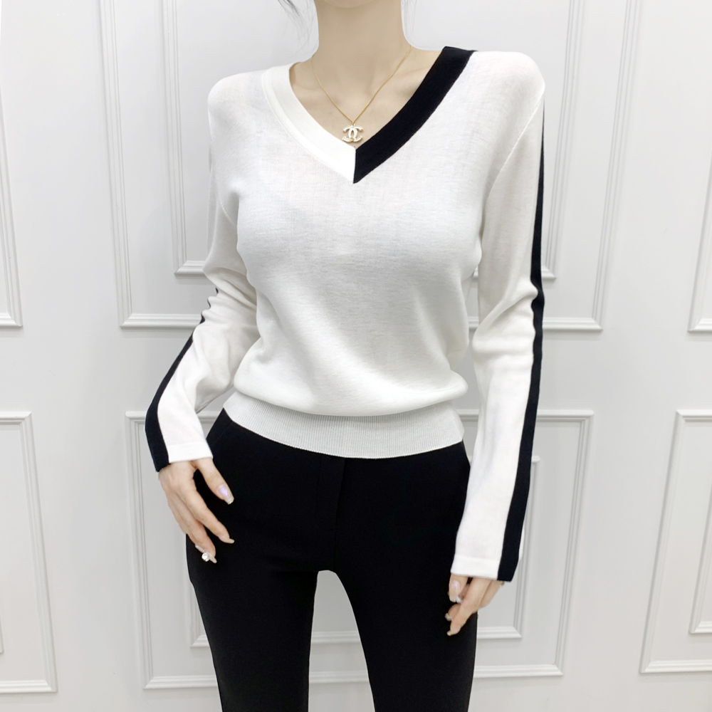 uinme-브이넥 타이핑 니트 - [ 3color ] - 유인미브이넥 타이핑 니트 - [ 3color ] - 유인미♡韓國女裝上衣