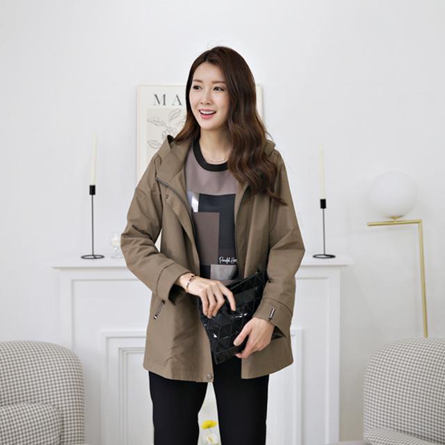 tiramisu-333하이넥톰자수사파리♡韓國女裝外套