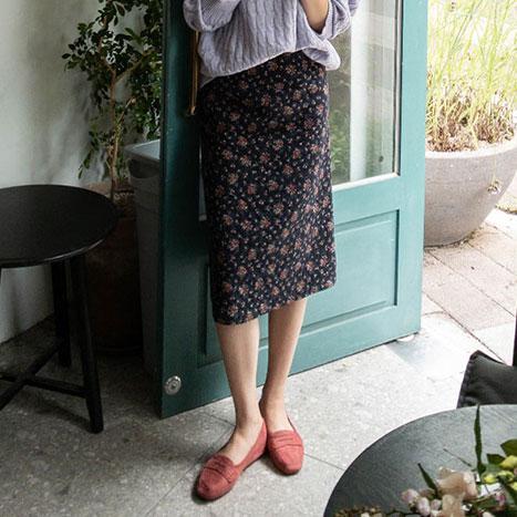 leelin-[무드있게 장미 뒷밴딩 스커트[size:F(55~66)]]♡韓國女裝裙