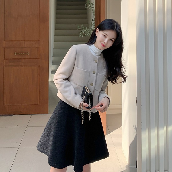 benito-[made] #단 3일간! #16,000원 할인! 아밀레 세미크롭 자켓 신상/크롭/세미/하객/하객룩/오피스/오피스룩/키작녀/투포켓/포켓/크롭자켓/여성자켓/베스트/간절기/가을여성/데일리♡韓國女裝外套